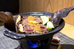 Jobayaki de Lomo alto de Wagyu con salsa de miso rojo (ligeramente picante)